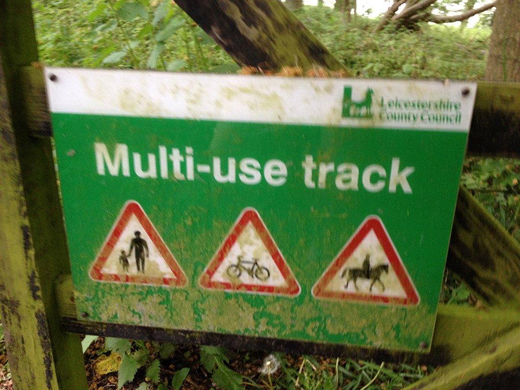 g multi use track